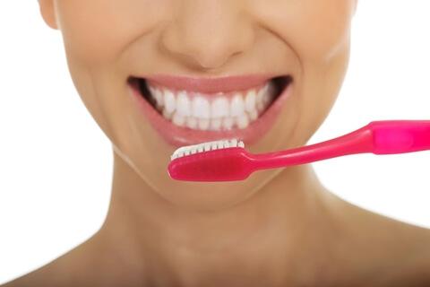 自宅で歯を白く