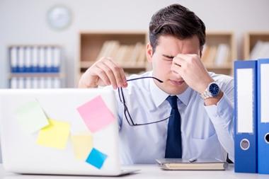 仕事中の眠気覚まし方法